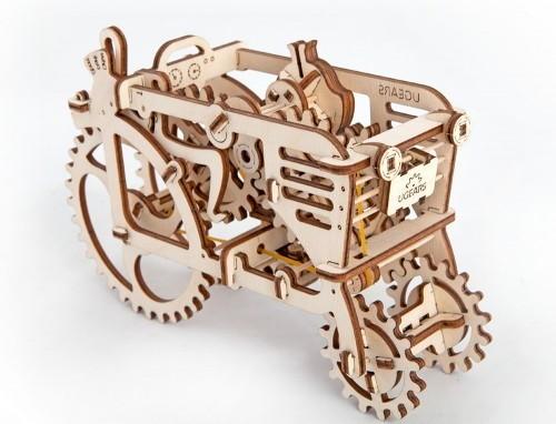 Holztraktor mechanisch zum Stecken